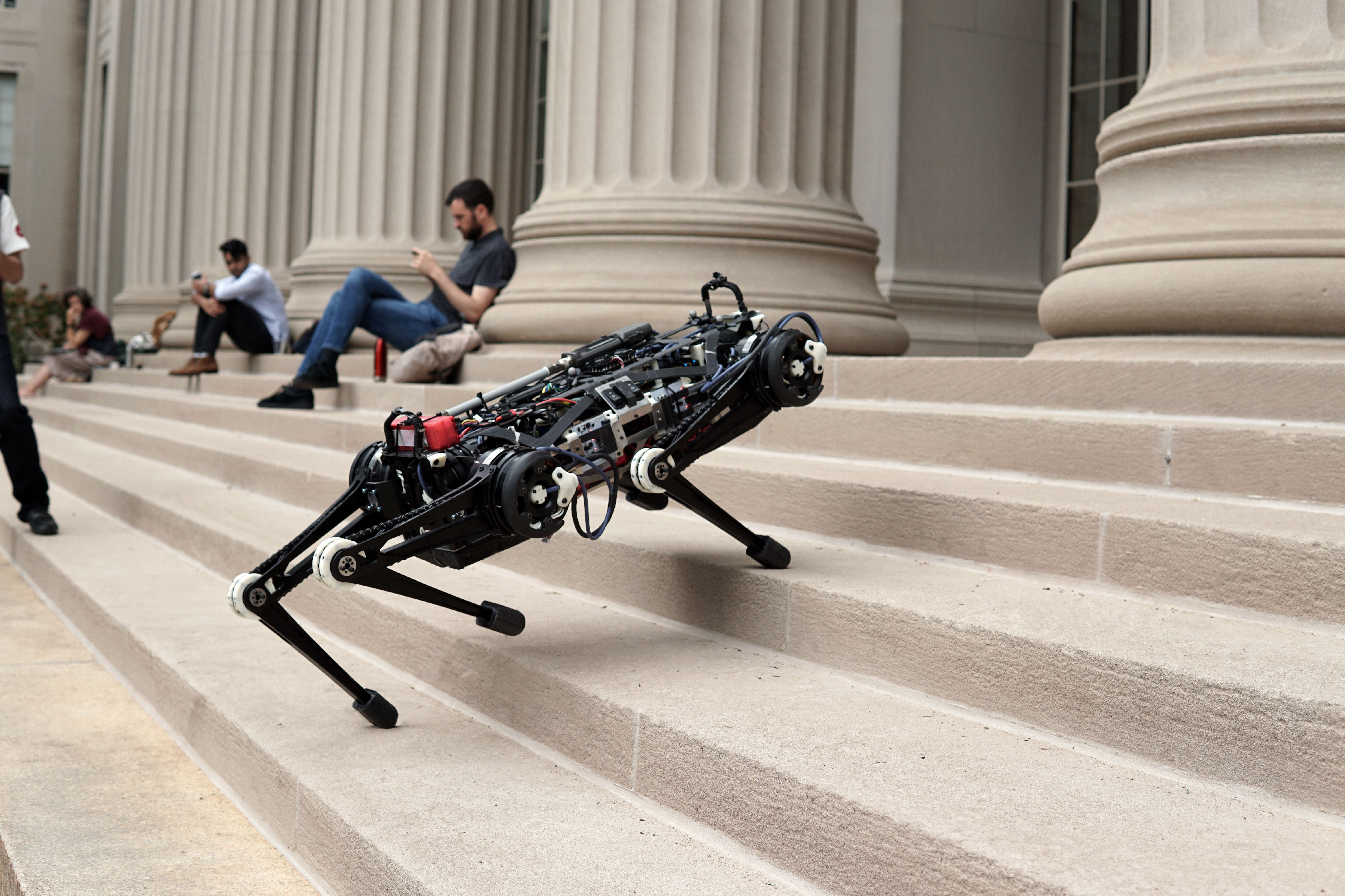 Blind Cheetah 3 Robot Can Climb Stairs Littered With Obstacles Mit News Massachusetts Institute Of Technology