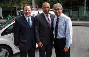Massachusetts Gov. Deval Patrick visits MIT's SMART Centre in ...