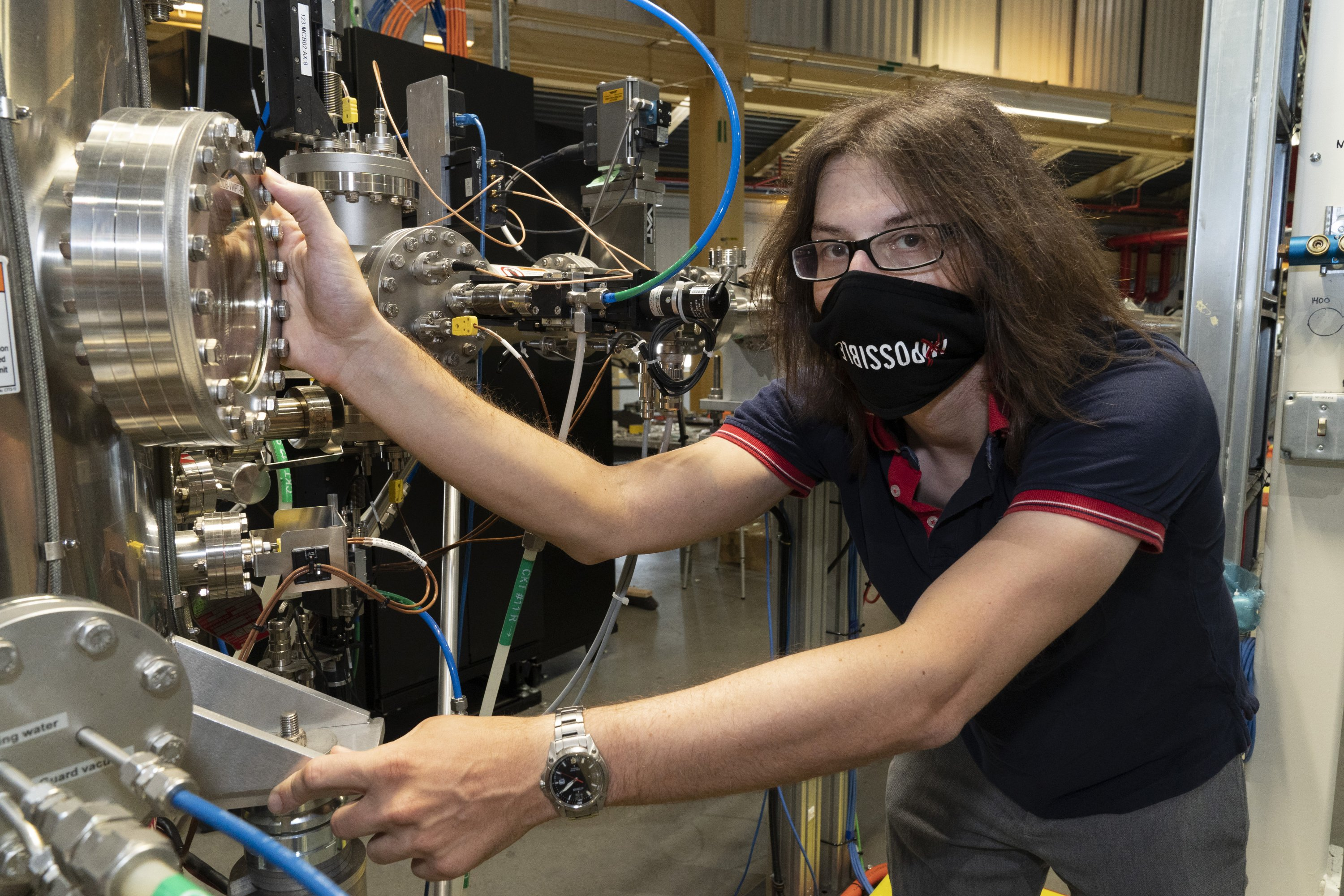 Physicists uncover secrets of world's thinnest superconductor