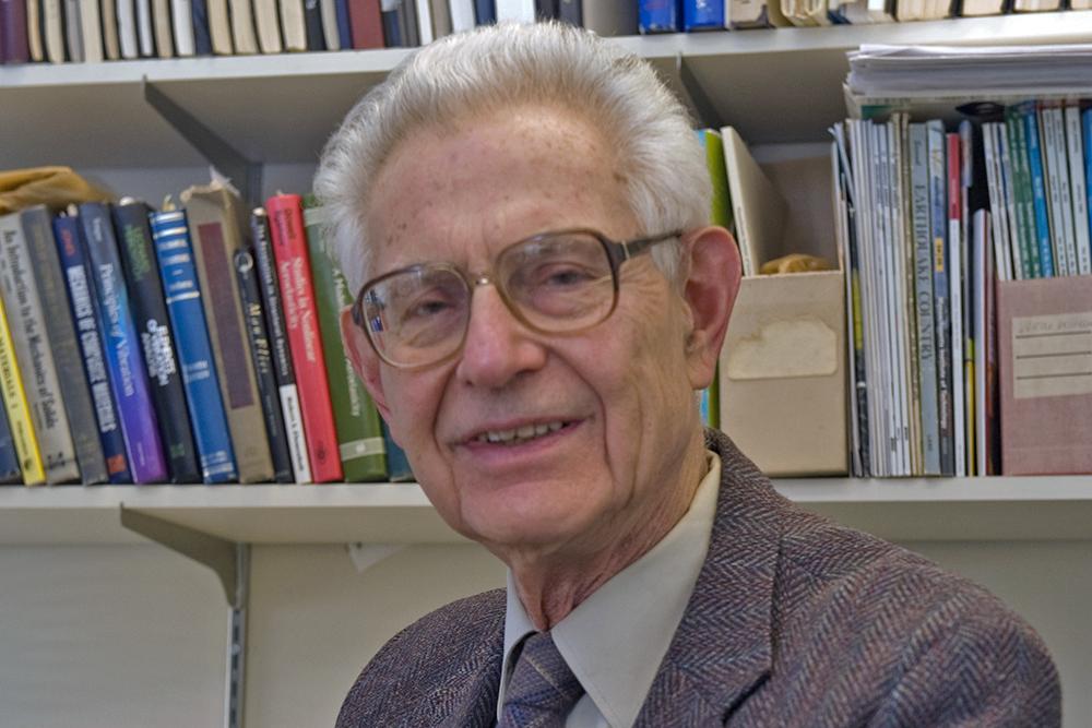 John Dugundji, professor emeritus of aeronautics and astronautics, dies at 95