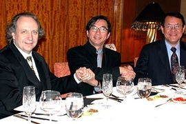 From left: CSAIL director Rodney Brooks, Quanta chairman and CEO Barry Lam, and CSAIL co-director Victor Zue.