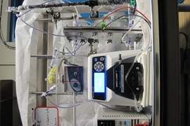 Graduate student Michael Stern and his co-workers built this laboratory-scale device to prove the principles behind the electrochemical carbon-capture system.