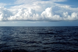 New finding: Shape-shifting clouds dampen the global cooling power of ocean heat uptake at tropical latitudes.