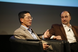 (Left to right) MIT Professors Yet-Ming Chiang and Vladimir Bulović speak at the panel on renewable energy sources.