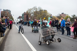 Participants demonstrate leading-edge wheelchair technologies.