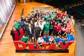 The entrepreneurs who pitched startup ideas at MIT delta V Demo Day on Sept. 9 pose with event organizers.