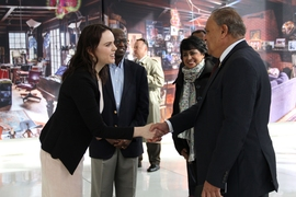 Julia Reynolds-Cuellar, managing director for the MIT-Africa Initiative (left), greets Sooroojdev Phokeer, the Mauritius ambassador to the U.S. (right), on April 7. In the background are Julius Akinyemi, director of the MIT-Africa Initiative (center-left), and the president of Mauritius, Ameenah Gurib-Fakim (center-right).