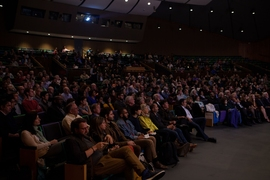 The audience in Kresge Auditorium, while columnist Thomas L. Friedman of The New York Times delivers the Fall 2018 Compton Lecture at MIT, Monday, October 1, 2018.